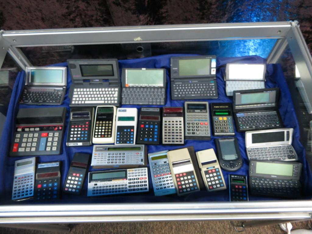 Gablota z kalkulatorami